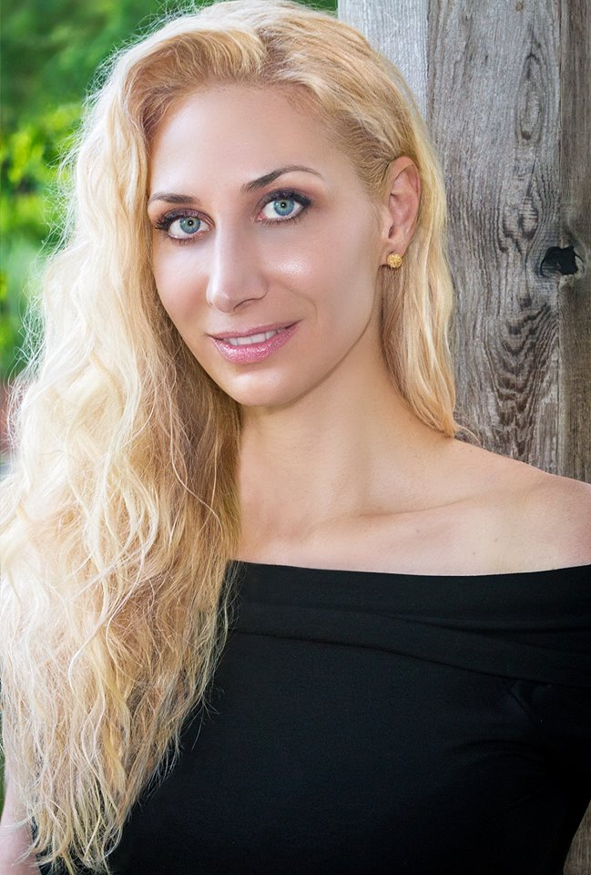 Photo of Melissa Studdard